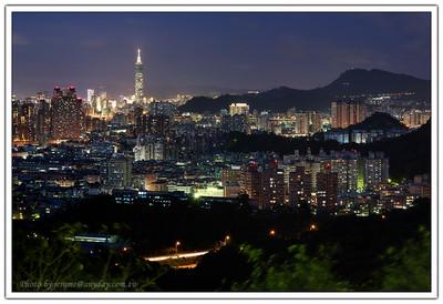 甚至在同一個時間,由不同的視角來看這個城市也有不同的感覺。