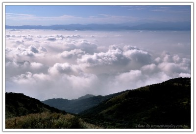 從大屯山看台北市的漂亮雲海