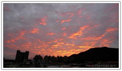 清晨的火燒雲
